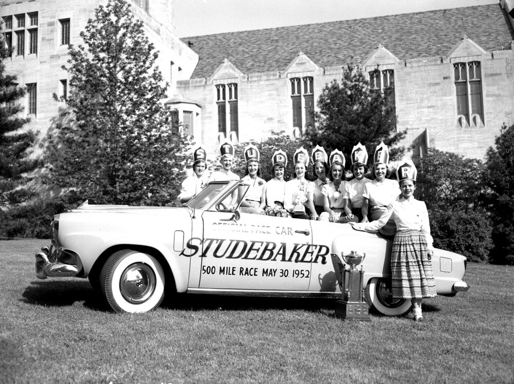 The 1952 Indianapolis 500 pace car also served as the Little 500 pace car that year.