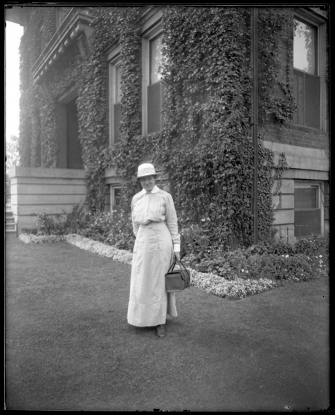 Nurse with Hat and Satchel, (second view)